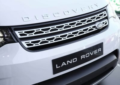 close up front bumper car Land Rover All-New Discovery Launch