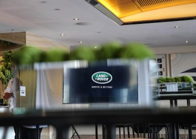table display Land Rover All-New Discovery Launch